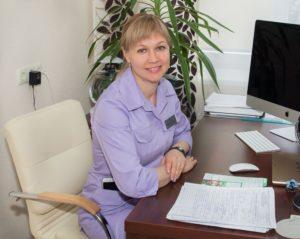 Работенко С.А. – хирург высшей категории 1.jpg.pagespeed.ce .8ApFQOLIJN 300x239 - клиника VIdnova