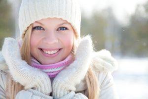 Советы специалистов: уход за кожей лица зимой 2 38 300x200 - клиника VIdnova