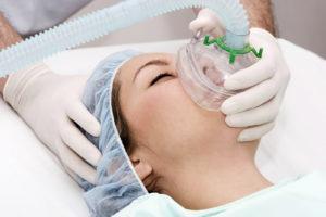 Анестезия во время пластической операции и её влияние на организм 3 36 300x200 - клиника VIdnova