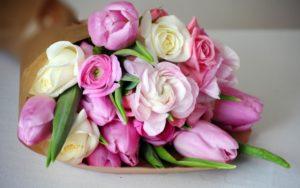 Поздравляем любимых клиенток с 8 Марта! 8marta 300x188 - клиника VIdnova