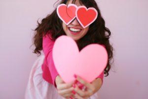 С Днём Святого Валентина! 9fffcc71a078dce4a735eff42f08e849.jpg.pagespeed.ce .rJEZ2KKBHo 300x200 - клиника VIdnova
