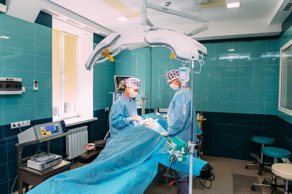 Пластическая операция летом: да или нет? – клиника Vidnova